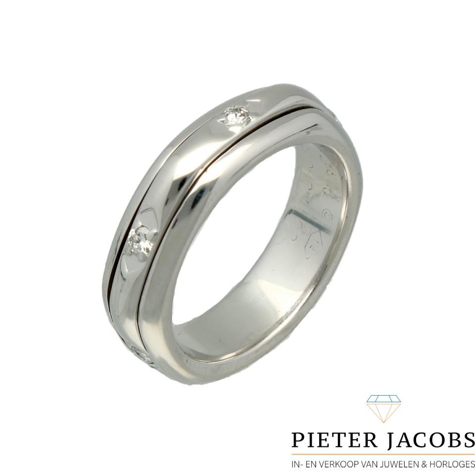 Witgouden Piaget Possession ring met Briljant