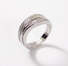 14 krt. Witgouden brede Briljant ring. 0.88 Ct