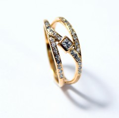 18 krt handgemaakte Briljant ring