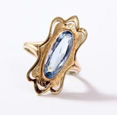 14 Krt. gouden ring gezet met aquamarijn.