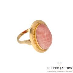 14 krt ring met licht roze agaat,