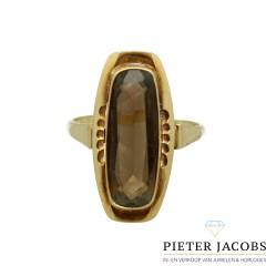 14 krt Vintage ring met rook topaas.