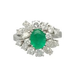 Witgouden entourage ring met Diamant en Smaragd