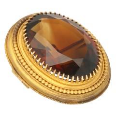 14 Krt.Oud Hollandse Broche met manderijn granaat